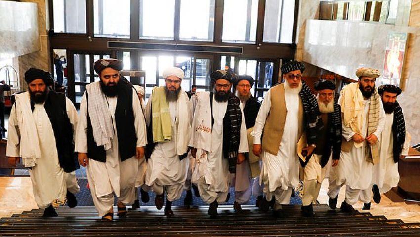 ديلي ميل: بوتين يغازل طالبان.. والحركة تقبل بمحادثات في بلد الغزو