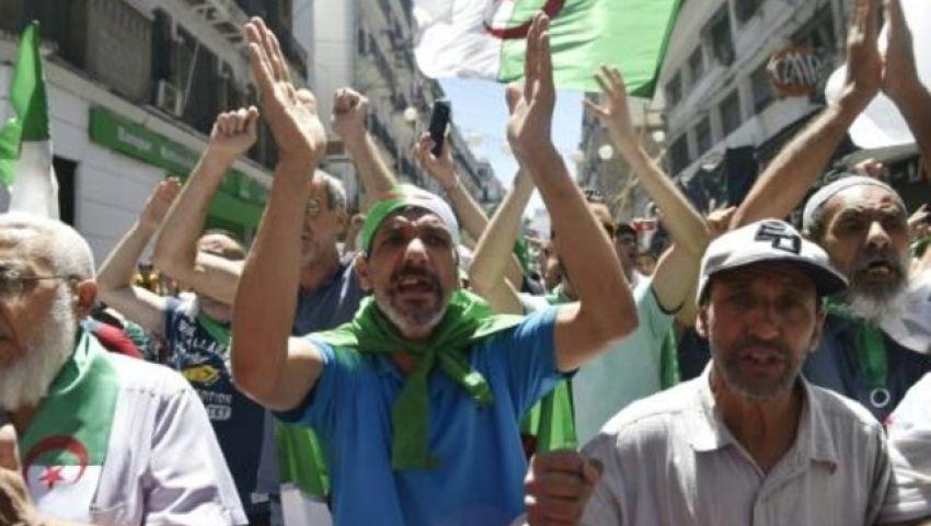 في الجزائر.. جدل حول التاريخ النضالي لأحد رموز حرب الاستقلال بعد حبسه