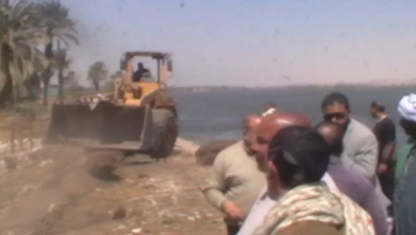 إزالة 16 حالة تعدٍ على نهر النيل بالمنيا