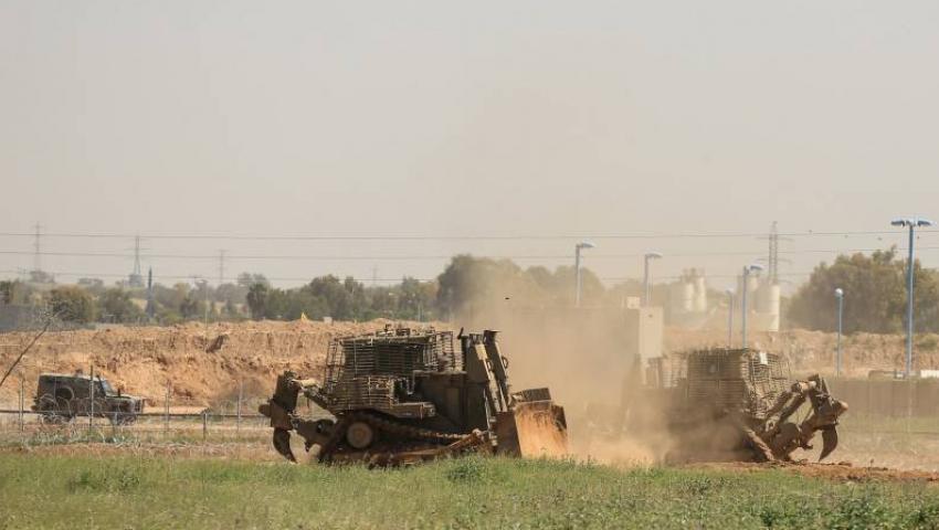 الاحتلال يتوغل في غزة.. الجرافات تنتهك شمال القطاع