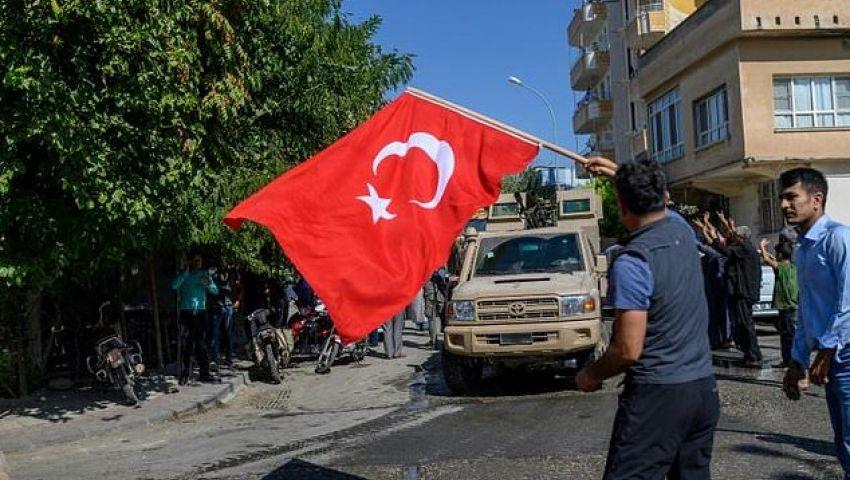 الفرنسية: في قلعة تركيا الحدودية.. الفخر والخوف يسيطران على السكان