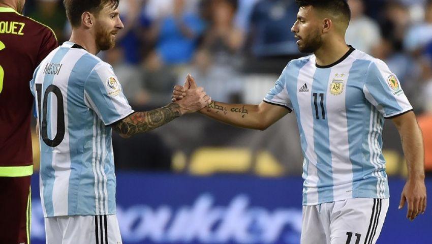 ميسي يزين قائمة الأرجنتين استعدادًا لمباراتي البرازيل وأوروجواي