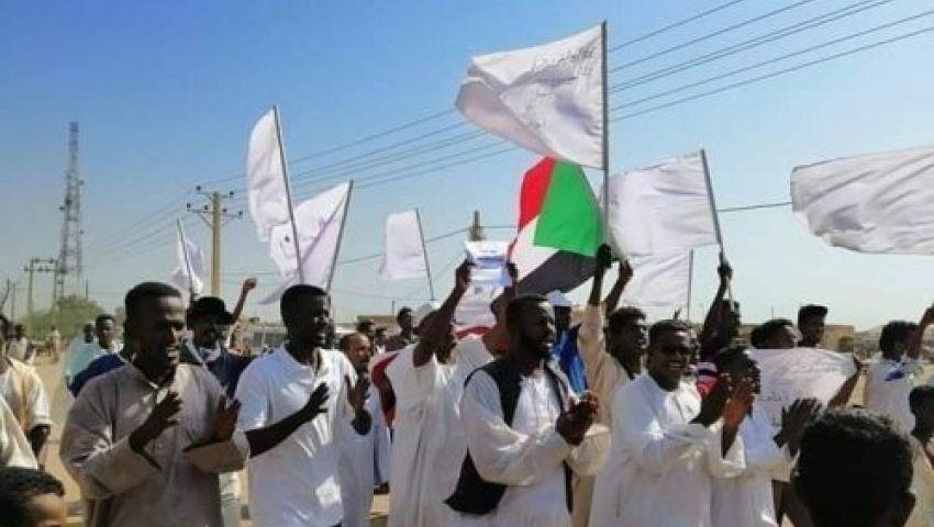 مسيرة سودانية تقطع مسافة 600 كيلو متر لتعزيز التعايش السلمي في بورتسودان