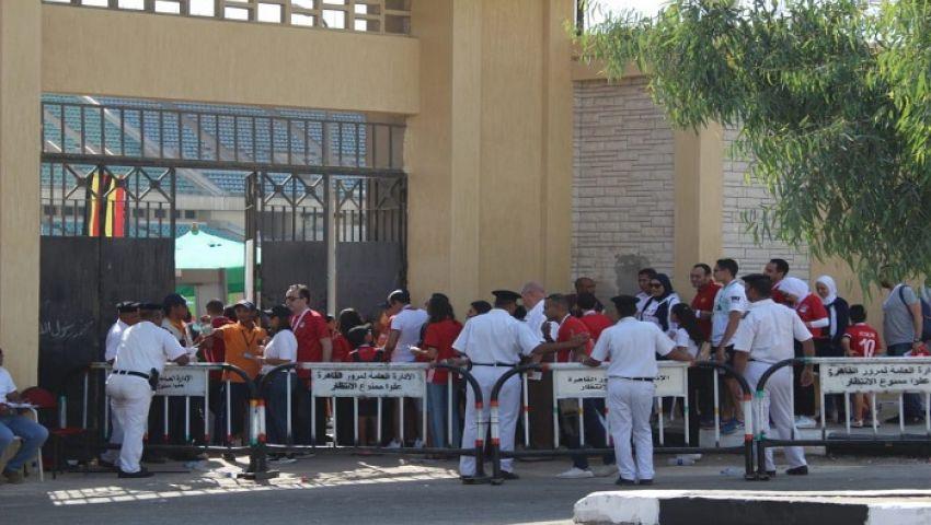 بالصور| جماهير الفراعنة تتوافد على استاد القاهرة