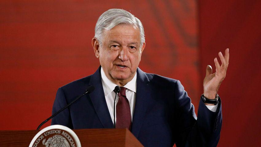 الرئيس المكسيكي يعلن إصابته بفيروس كورونا