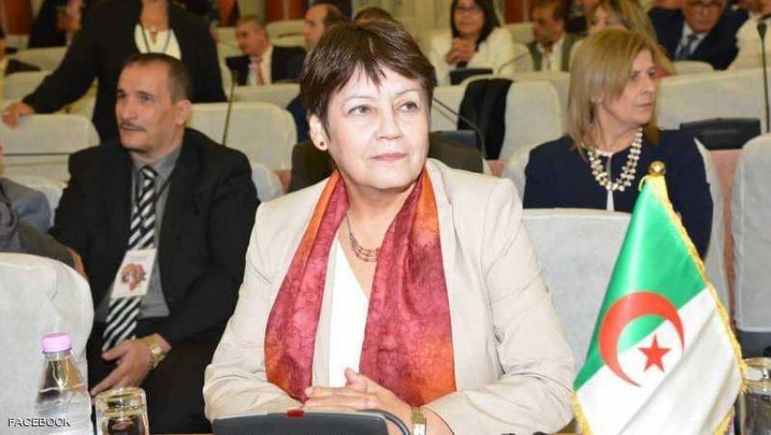 «بن غبريط»  تمنع الصلاة في مدارس الجزائر.. قصة وزيرة أثارت الجدل لـ 4 سنوات