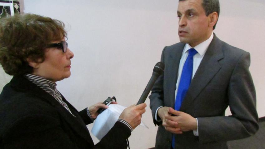 الوزير السابق بشير مصيطفي يكشف لـ مصر العربية خطة الجزائر للهروب من فخ النفط