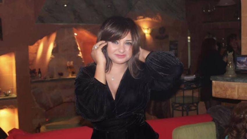 حرامية وتجار حشيش.. دينا أنور من خالعات الحجاب إلى الإساءة لضحايا محطة مصر