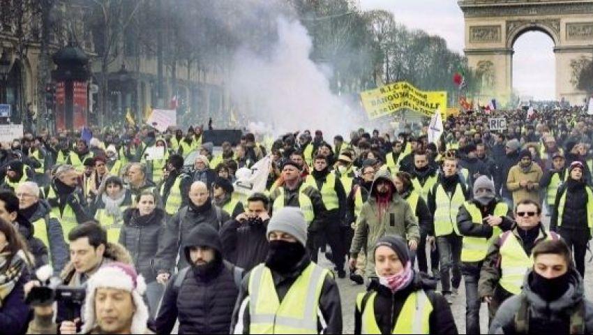 السترات الصفراء تتصدر «تويتر» بعد دعوات لاحتجاجات شهر الحسم في باريس