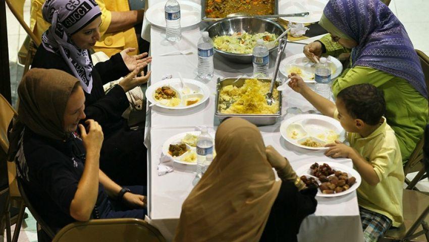 بهذه الطريقة.. مؤسسة أمريكية تكرم مقاتلي كورونا المسلمين في رمضان
