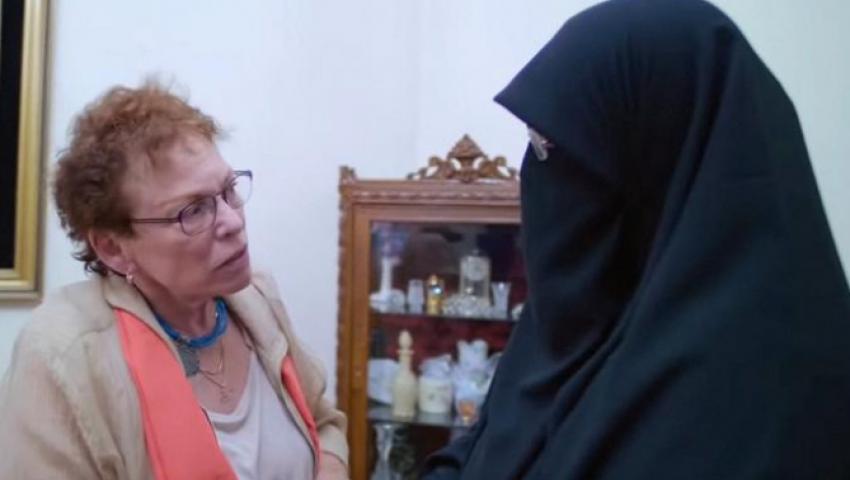 إذاعة المانية:  زيارة إلى مصر حولت أمريكية معادية للمسلمين إلى النقيض