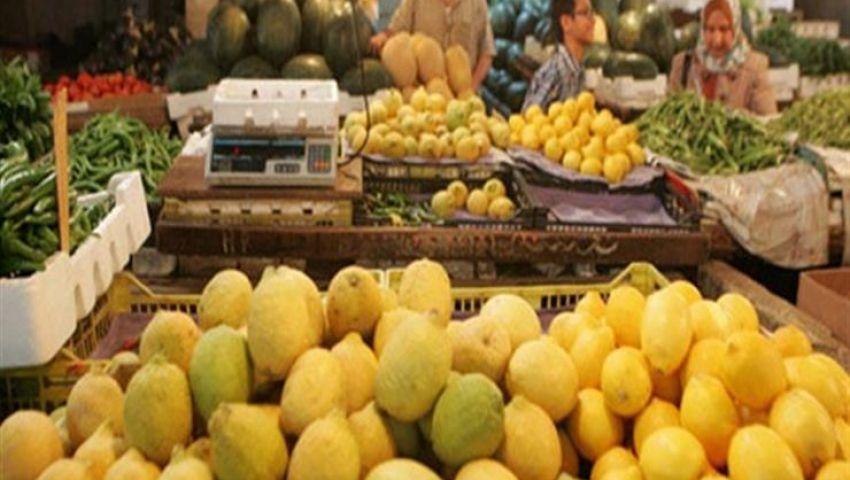 بعد جنون الليمون وقبله البطاطس.. ما سبب ارتفاع الأسعار؟