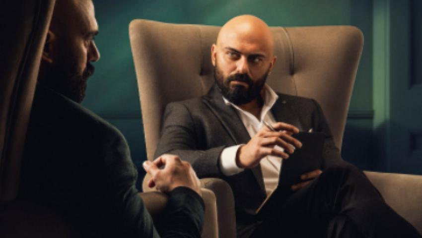 فيديو| المنافسة والقدوة  وعشق التمثيل .. أحمد صلاح  حسني يتحدث عن مشواره