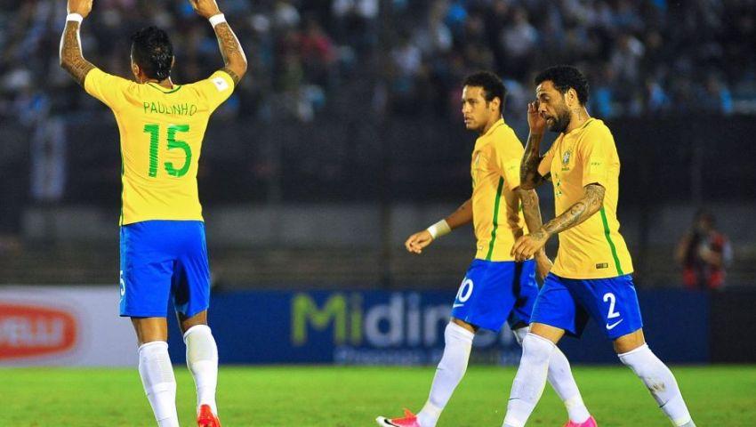 التشكيل  البرازيل دون تغييرات أمام باراجواي