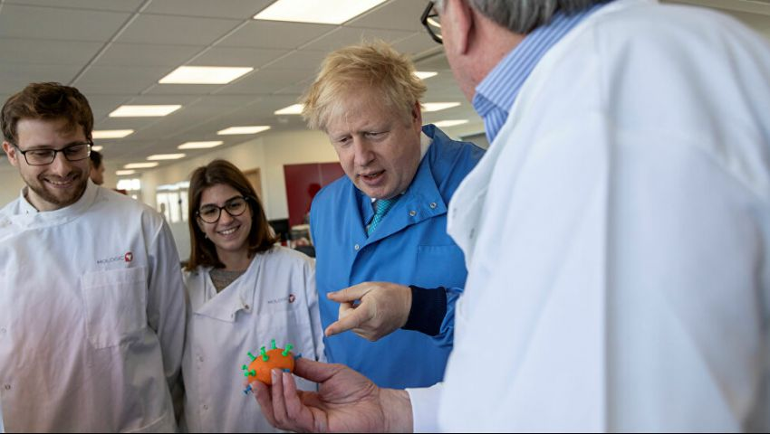 بعد دخوله المستشفى.. آخر تطورات حالة رئيس وزراء بريطانيا المصاب بكورونا