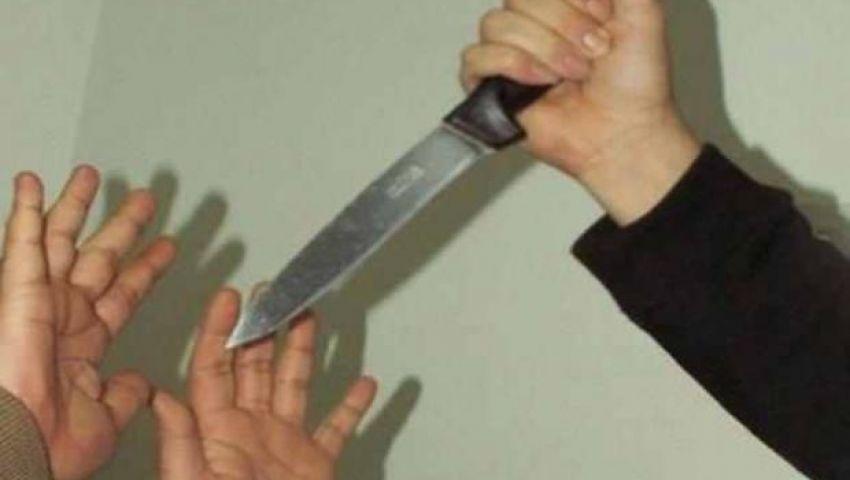 ربة منزل تطعن زوجها بسكين فى الظهر بسبب خلافات زوجية