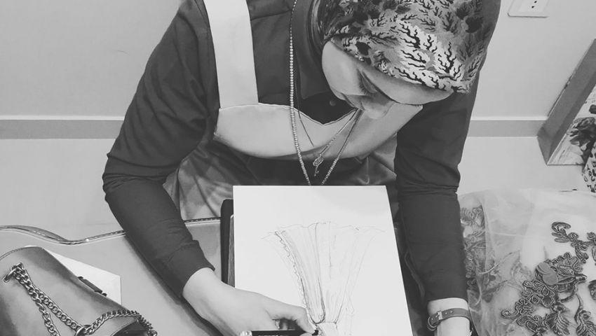«سمر».. من مدرسة موسيقى إلى مصممة لأحدث صيحات الموضة