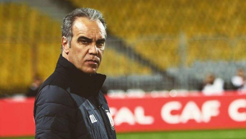 الدوري شرط مجلس الأهلي لاستمرار لاسارتي في الموسم الجديد