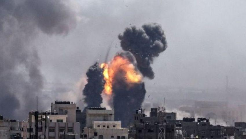 الاحتلال الإسرائيلي يقصف مواقع في قطاع غزة