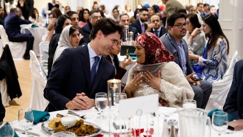 بالصور: رئيس وزراء كندا في إفطار جماعي: رمضان يدور حول قيمنا
