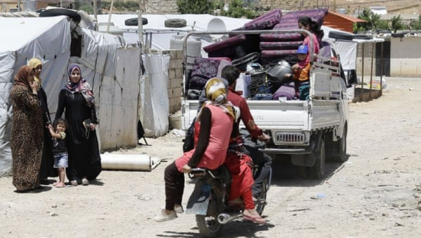 الجارديان: في لبنان.. العنصرية تطارد السوريين