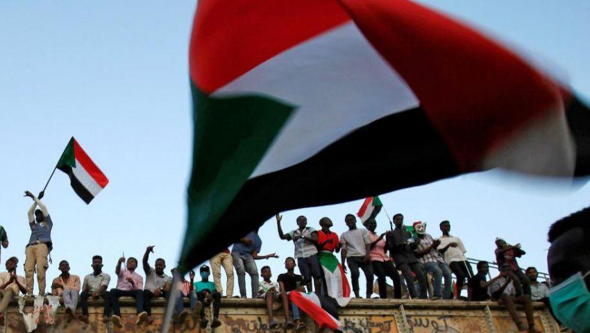 بزيارات خارجية..هل يستعد المجلس العسكري لوأد الثورة السودانية؟