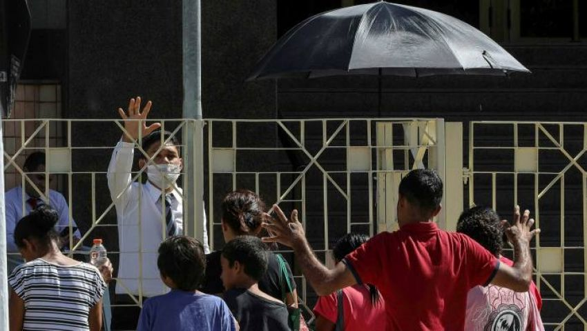 فايننشال تايمز: في أفريقيا والبرازيل.. الكنائس تهدد بتفشي كورونا
