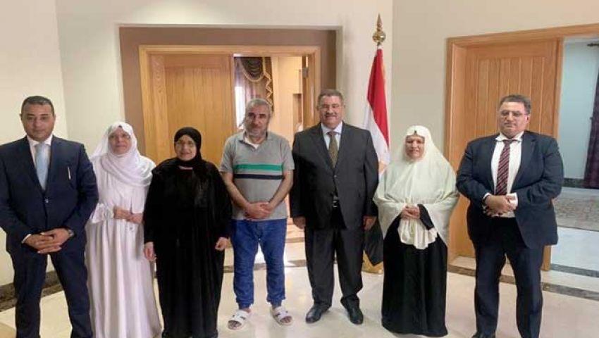 السعودية تفرج عن 4 معتمرين مصريين متهمين بحيازة مخدرات
