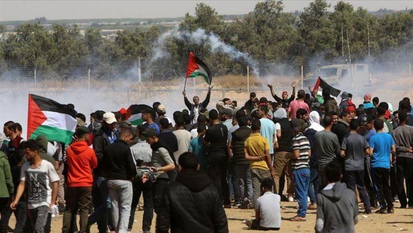 فيديو.. الاحتلال يقمع مسيرات العودة في جمعة «إسقاط المؤامرة»