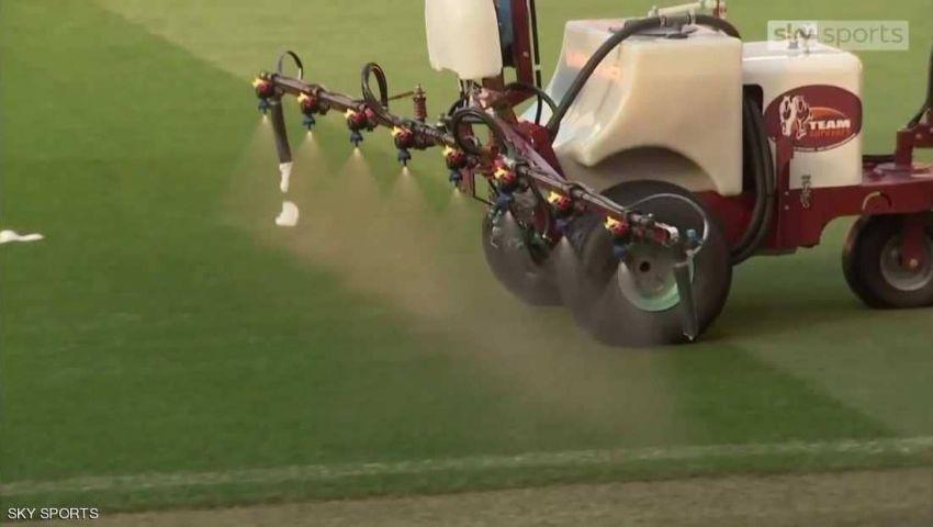 بـ«رائحة الثوم».. مانشستر يونايتد يجهز «أولد ترافورد» لاستقبال ليفربول