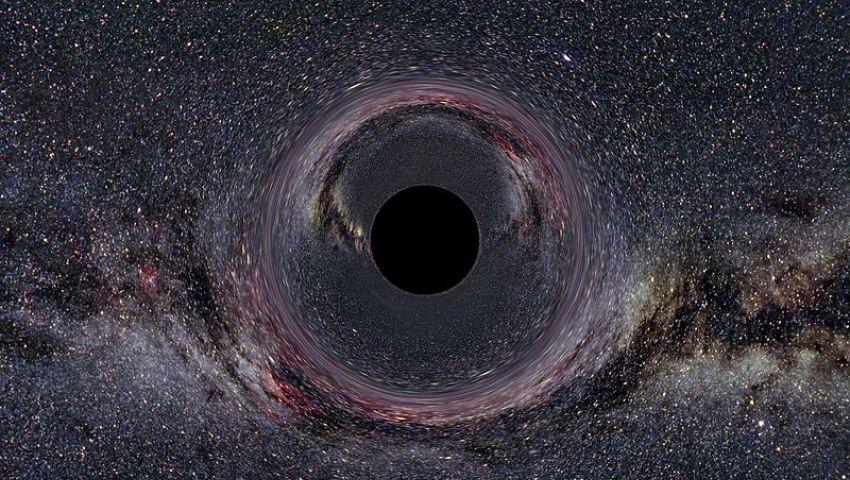 نقطة اللاعودة .. توقعات بنشر أول صورة لـ «الثقب الأسود» الأربعاء القادم