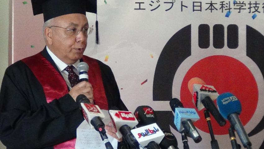 رئيس الجامعة اليابانية: خريجونا قادرون على الربط بين جامعتهم الأم واليابانية