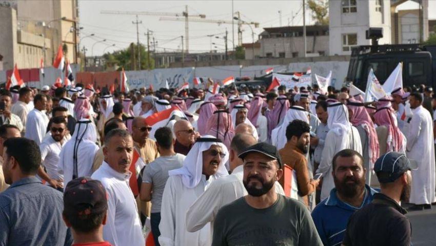 بالفيديو.. عرب كركوك يتظاهرون احتجاجًا على تنصيب محافظ كردي