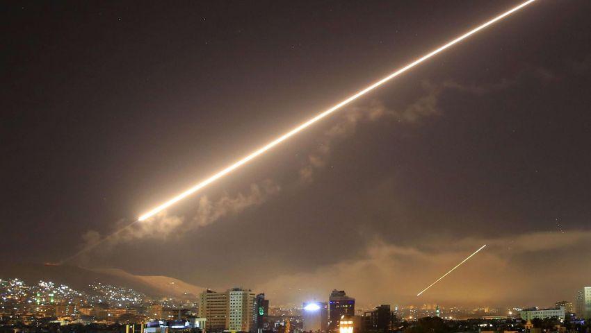 محلل إسرائيلي: رغم الغارات.. نفوذ إيران يترسخ في جنوب سوريا