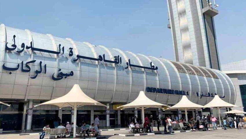 فيديو| آخرها منع دخول راكبين.. مطار القاهرة يشدد إجراءاته ضد «كورونا»