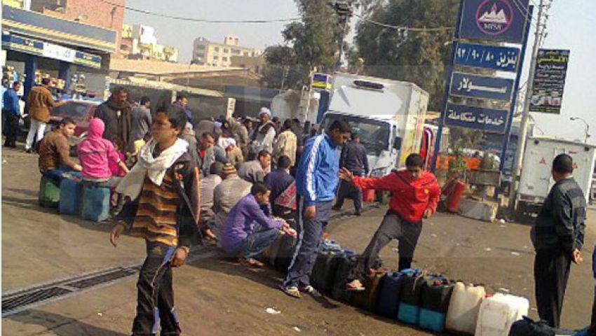شلل مروري بشوارع المحلة بسبب أزمة الوقود