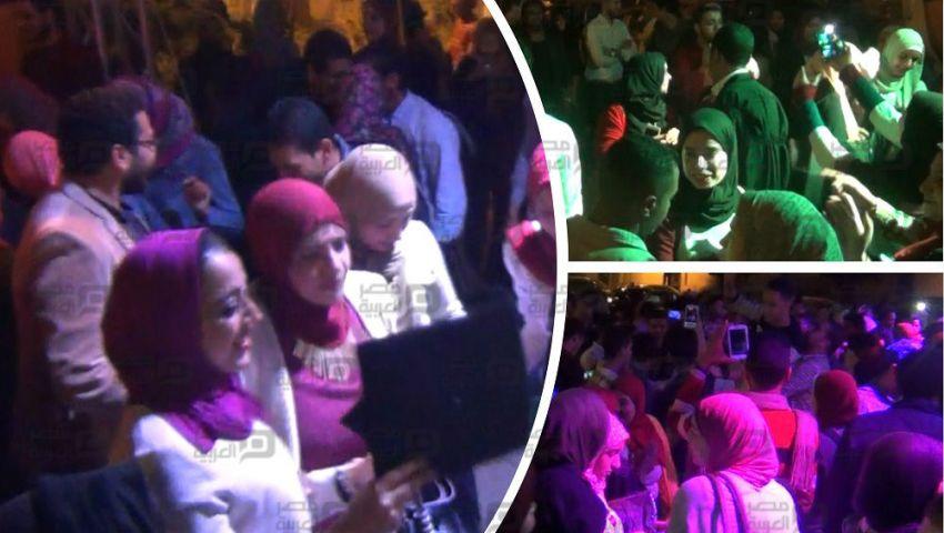 بالفيديو| «رقص وسيلفي» في احتفال جامعة القاهرة بخريجي «حقوق 2016»