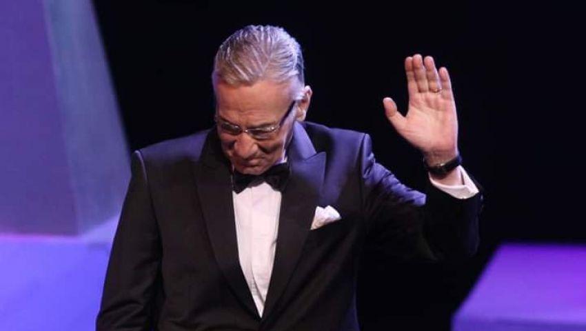 وفاة الفنان عزت أبو عوف عن عمر يناهز 71 سنة