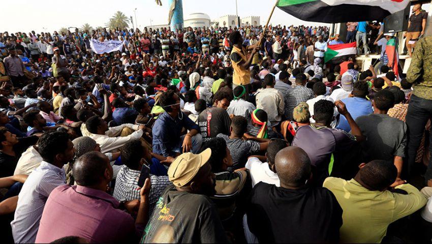 السودان.. «العسكري» يبحث مع المعارضة تسليم الحكم لسلطة مدنية