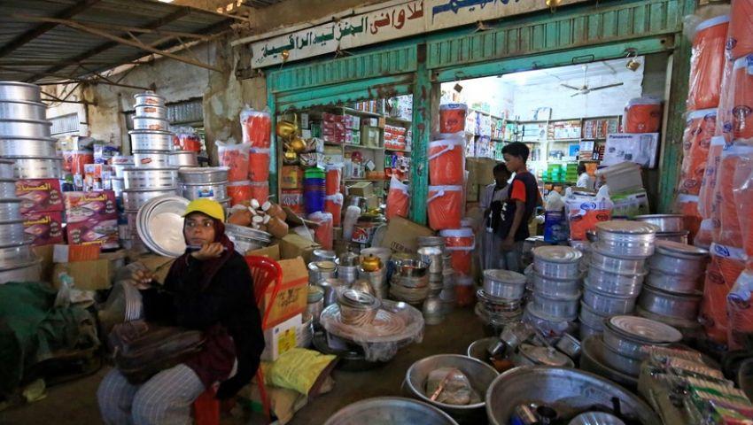 سوق السجانة السوداني.. توحش الدولار يبتلع أقوات التجار
