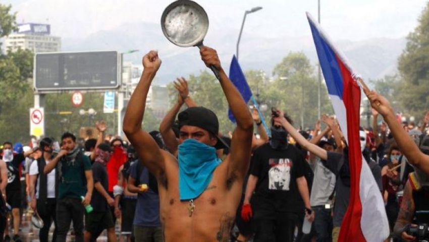 فيديو | احتجاجات تشيلي.. الغضب يتفاقم رغم «تدابير الرئيس»