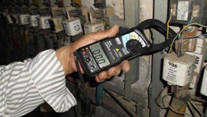 فيديو  هكذا تكتشف الكهرباء وقائع سرقات التيار بالعدادات مسبوقة الدفع