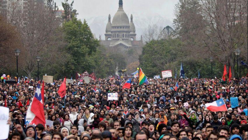 بعد تظاهرات لـ7 أيام| رئيس تشيلي يرضخ للمحتجين.. أقال الحكومة ورفع حالة الطوارئ