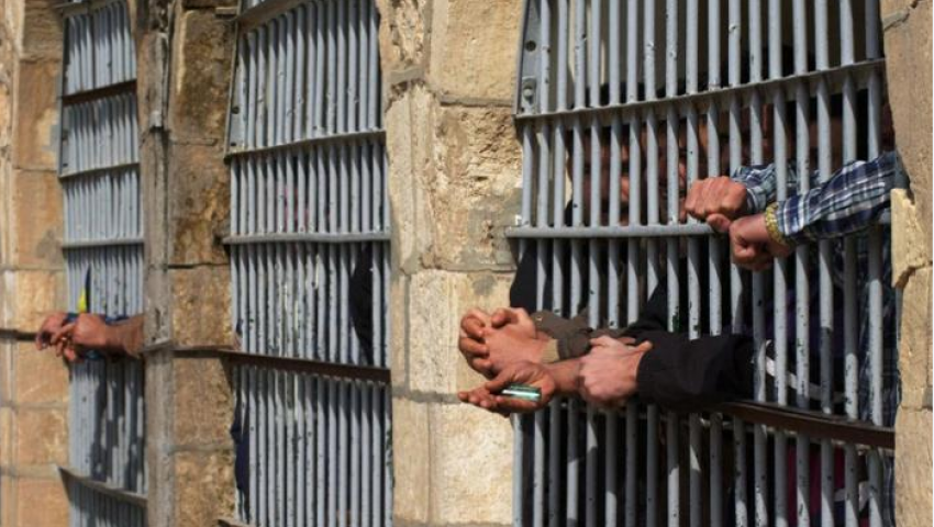إيران تلتهم الأحواز.. حكايات تفضح السجون السرية لطهران