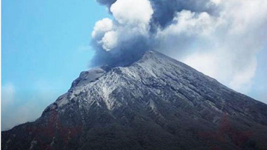للمرة الأولى منذ 4 سنوات.. اليابان ترفع مستوى التحذير من بركان جبل «هاكون»