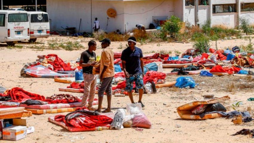 الجارديان: في ليبيا.. لماذا كان الهجوم على مركز الاحتجاز متوقعًا؟