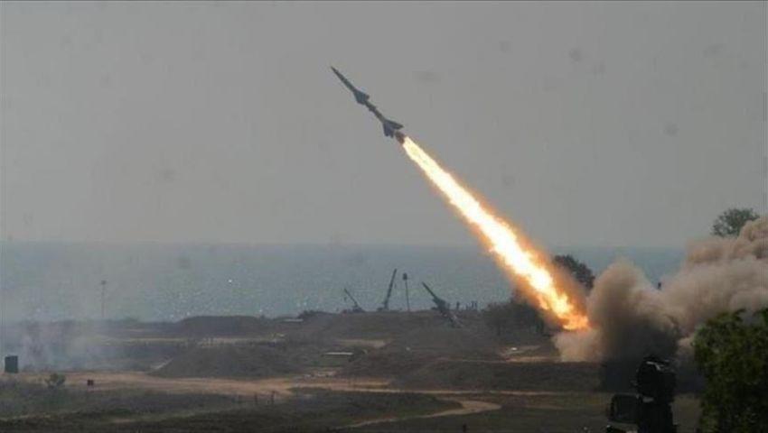 مسيرات وصواريخ أرهقت السعودية.. لماذا يصعد الحوثي هجماته ضد المملكة؟