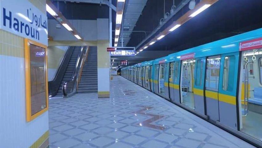 بتطبيق الزيادة الجديدة.. انطلاق قطارات الخط الثالث للمترو