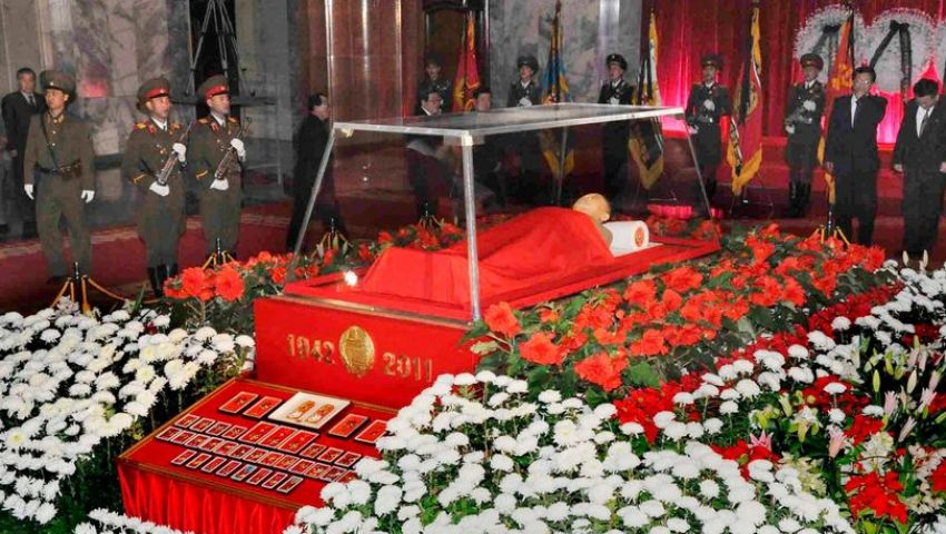 تعرف فاتورة الحفاظ على جثة والد كيم جونغ أون مجمدة