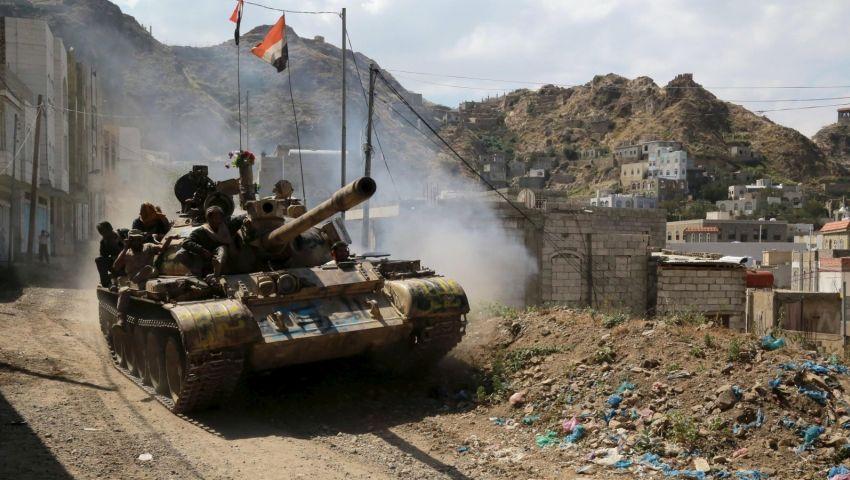 الخناق يشتد على التحالف العربي.. هل توقف أمريكا حرب اليمن؟